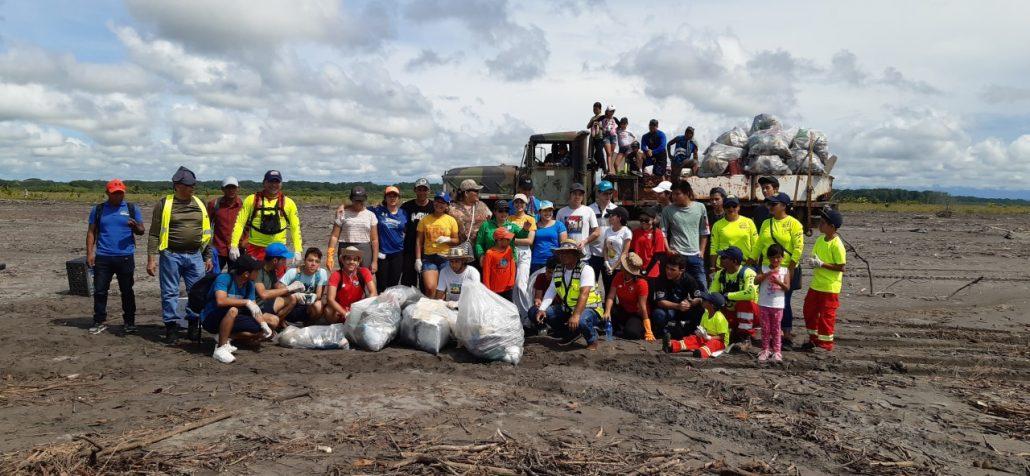 6.5 toneladas de desechos sólidos son retirados de las costas de Chiriquí 3 1030x476
