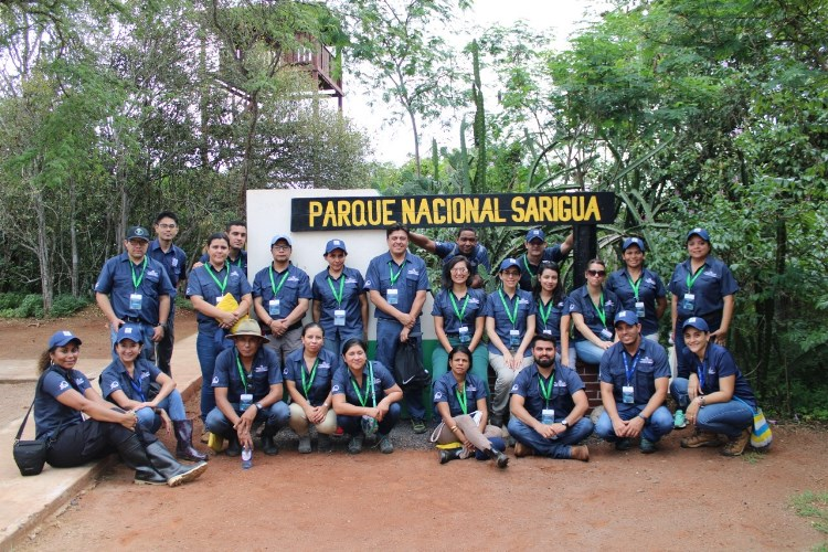 Becarios del Curso Internacional en Ecosistemas con Enfoque Participativo en Manejo Integrado de Cuencas Hidrográficas realizan giras de campo en la Provincias de Herrera y Los Santos 3