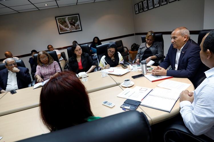 08 11 2019 reunion sobre informe tec de ingualdad salarial 78 elegido